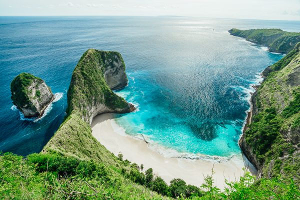 Indonesia Tropical Yacht Destination - Nusa Penida